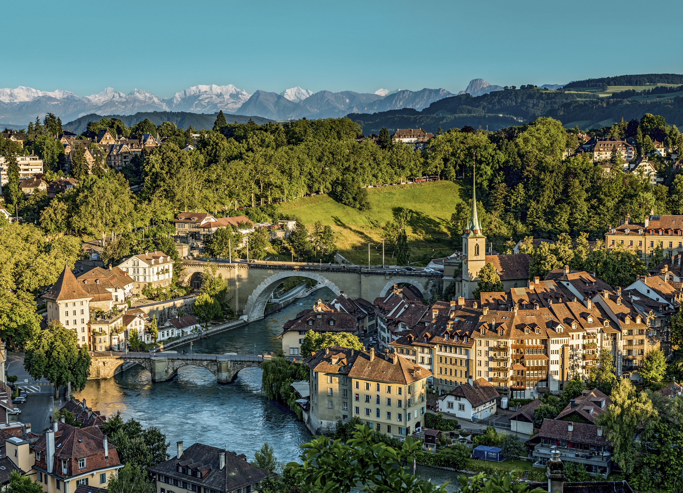 Bern Panorama mit Abendstimmung.